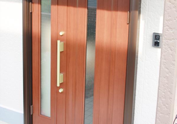 山生様 玄関ドアリフォーム工事施工後
